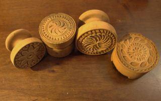 01. Alcuni stampi in legno contemporanei per la preparazione dei corzetti (Chiavari, collezione privata)