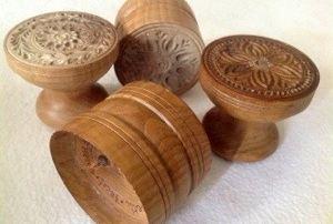 02. Alcuni stampi in legno contemporanei per la preparazione dei corzetti (Chiavari, collezione privata)